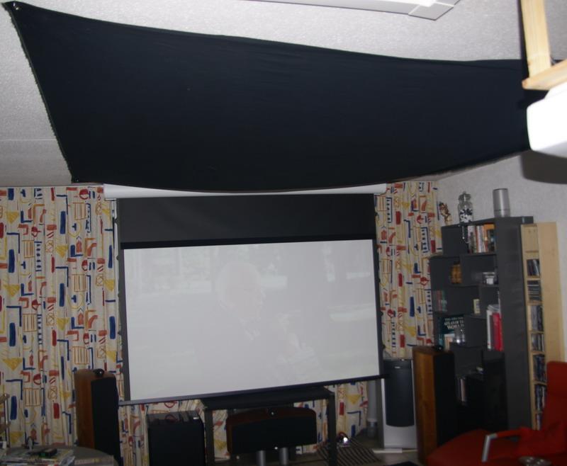 http://www.xs4all.nl/~etmriwi/forum/ceiling_doek.jpg